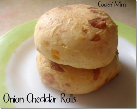 Onion-Cheddar-Rolls