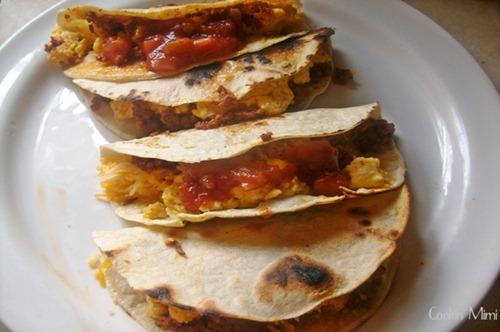 chorizo-and-egg-breakfast-tacos